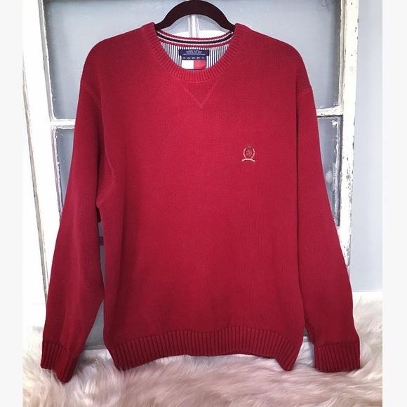 Tommy Hilfiger VTG 90's lion crest logo sweater